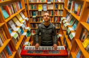Interview with Gil Assayas (Todd Rundgren's Utopia,GLASYS)